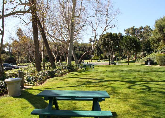 emerald_bay_park_700.jpg