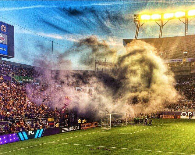 ilf smoke v whitecaps.jpg
