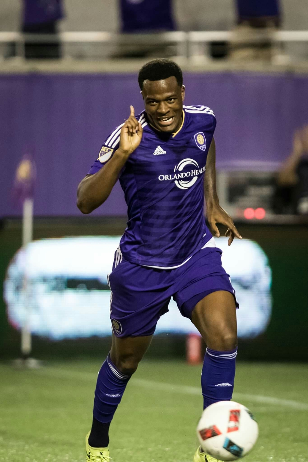 Larin is dat guy.