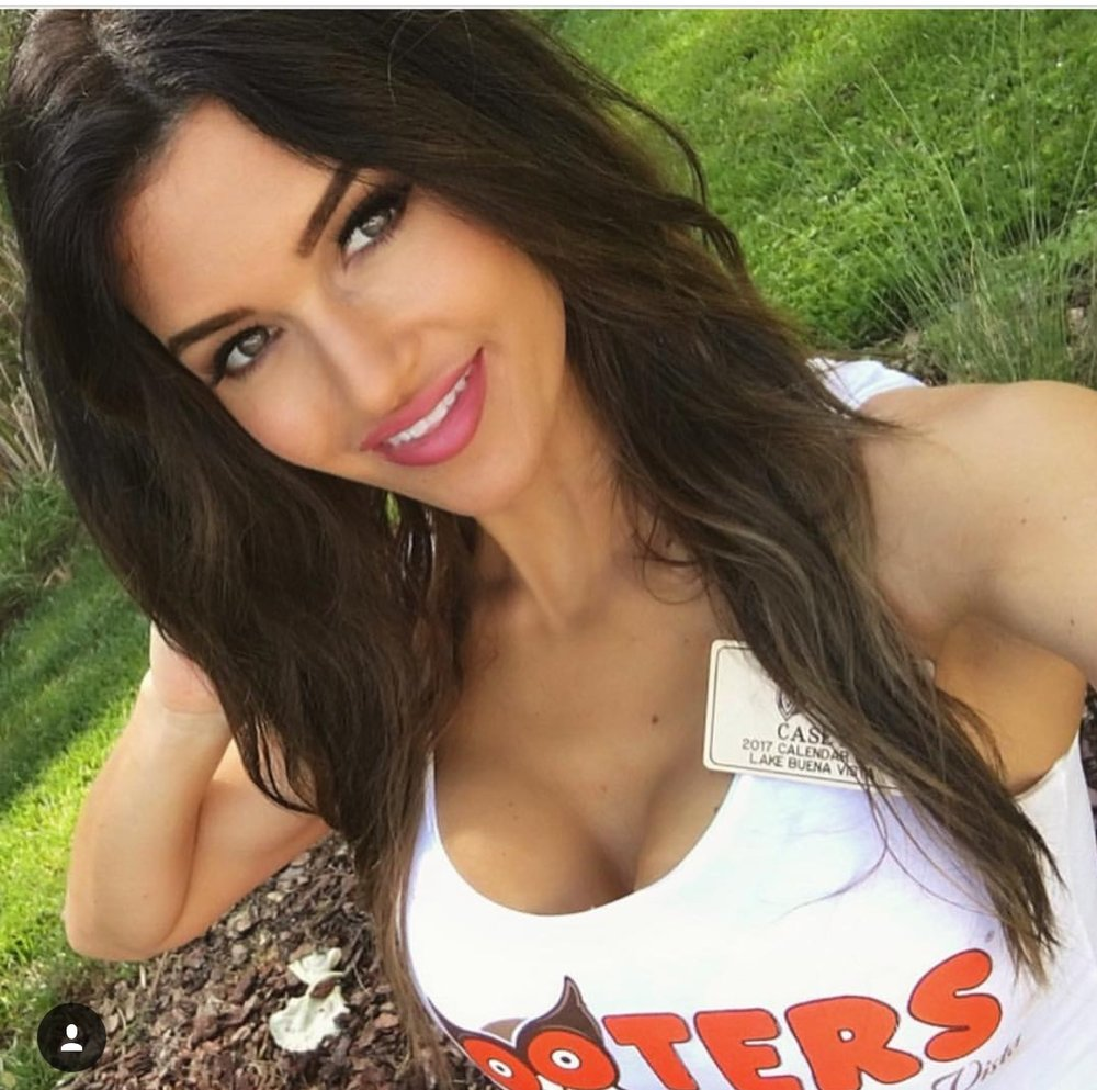 Casey_Hooters