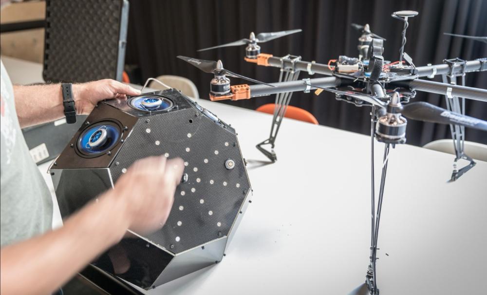 base-spotify-drone-04