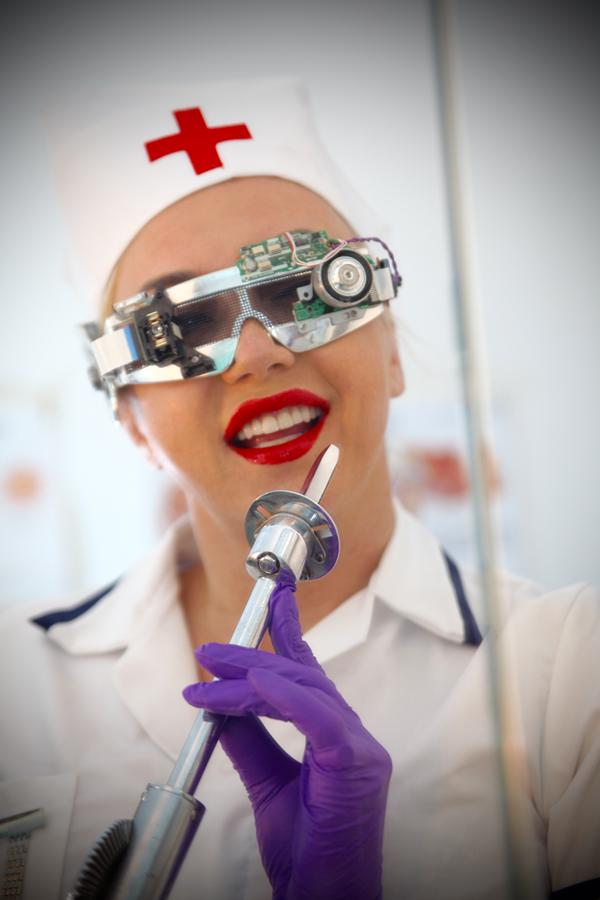 Cyber kink Nurse In Purple Latex Gloves