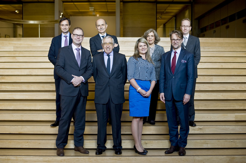 The conveners of the Vision Europe Summit 2016 in Lisbon. From left: Robin Niblett, Chatham House; Aart De Geus, Bertelsmann Stiftung; Piero Gastaldo, Compagnia di San Paolo; Artur Santos Silva, Calouste Gulbenkian Foundation; Izabela Styczynska, CASE – Center for Social and Economic Research; Isabel Mota, Calouste Gulbenkian Foundation; Mikko Kosonen, Finnish Innovation Fund Sitra; Guntram Wolff, Bruegel. Is missing: Yves Bertoncini, Jacques Delors Institute. Marcia Lessa / Fundação Calouste Gulbenkian
