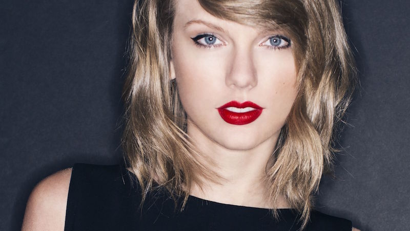 IMAGE OF TAYLOR SWIFT VIA FEELGRAFIX.COM