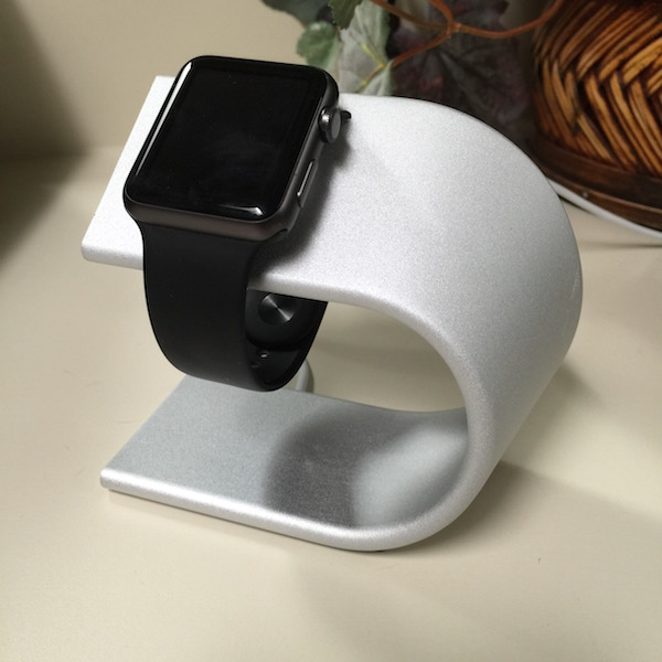 nomad stand for apple watch. photo ©2015, steven sande. all rights reserved.