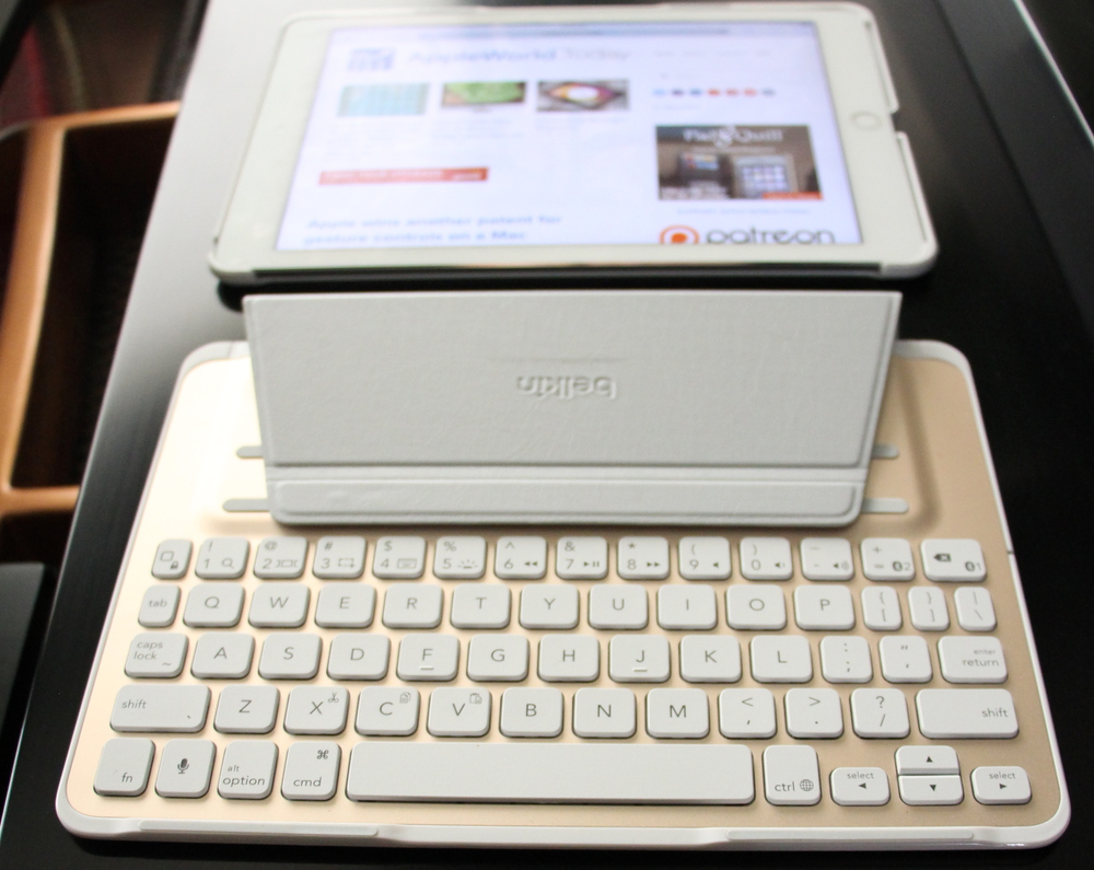 Belkin QODE keyboard detached from iPad shell. Photo ©2015, Steven Sande