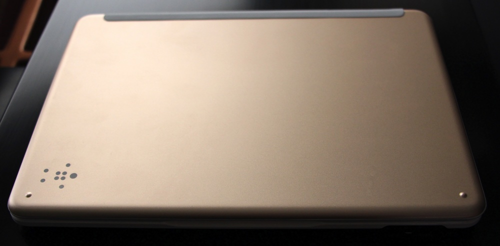 Back side of Belkin QODE keyboard. Photo ©2015, Steven Sande