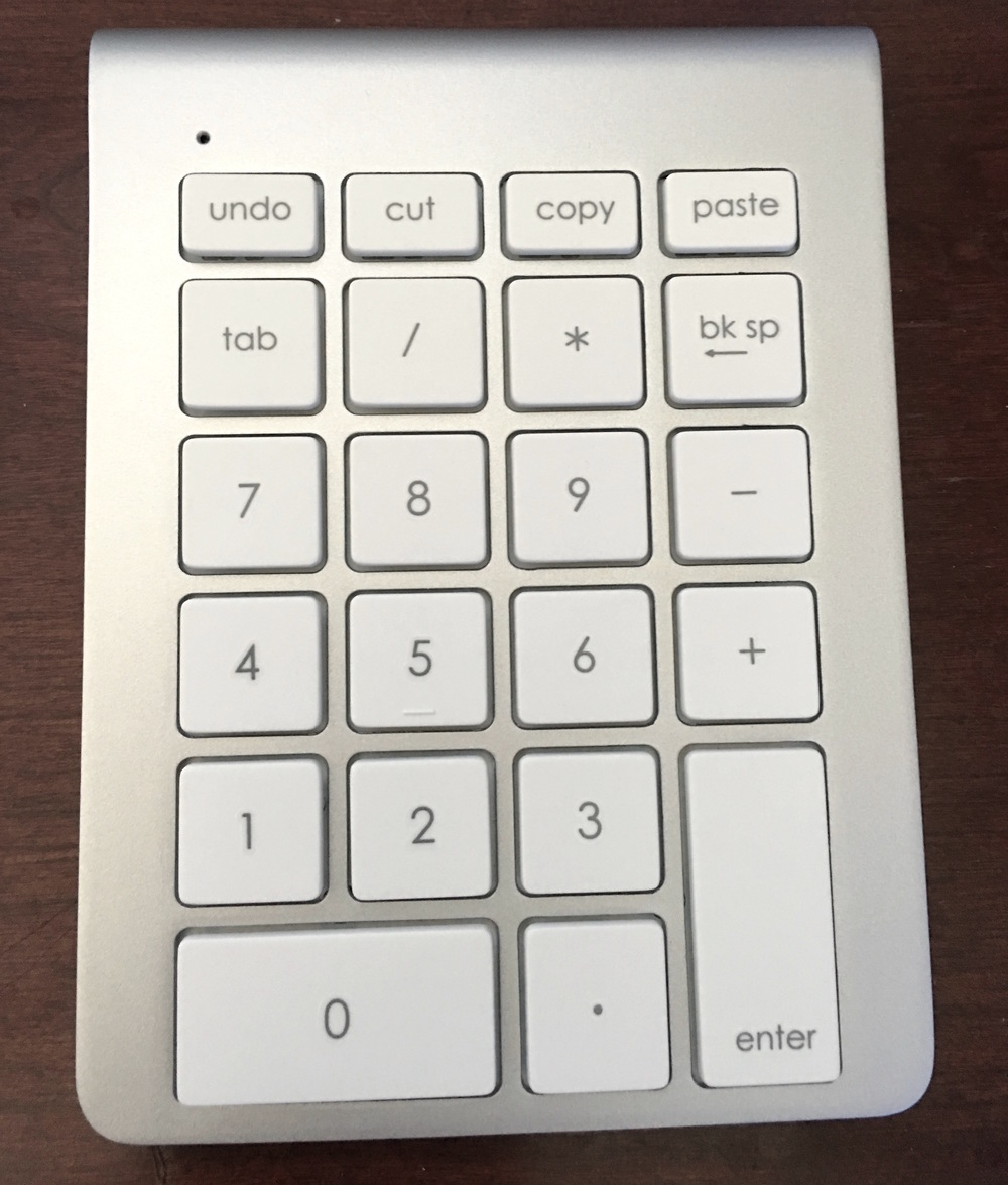 The 22 keys of the Satechi Aluminum Wireless Keypad. Photo©2016, Steven Sande