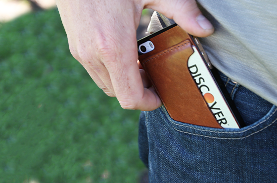 Review: DODOcase Leather iPhone Card Case