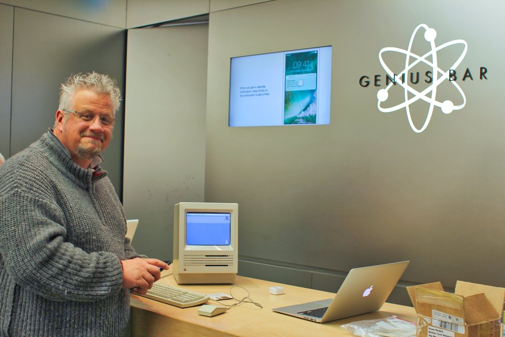 Ewen Rankin and his 30-year-old Mac SE visit the Touchwood Centre Genius Bar