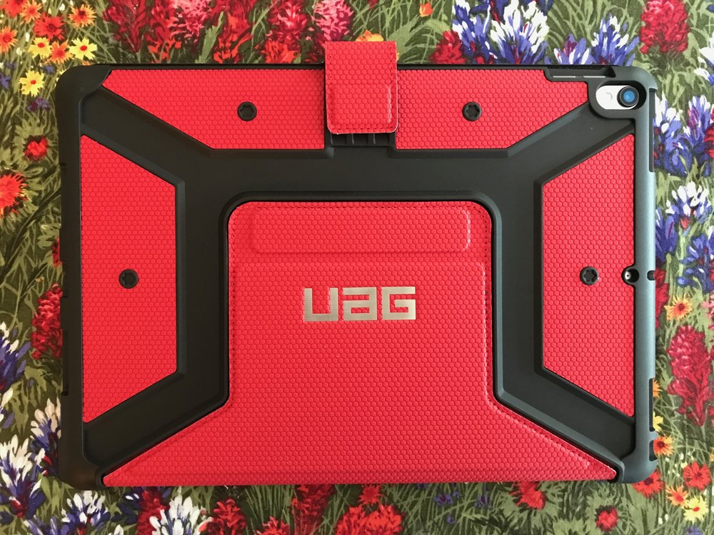 The well-padded backside of the UAG Metropolis. Photo ©2017, Steven Sande