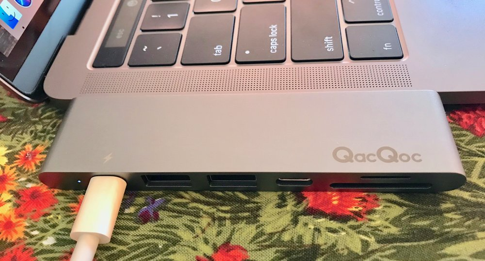 GN28K: not visible - HDMI port on left end. From left, USB-C/Thunderbolt 3 port, 2 USB 3.0 ports, USB-C port, card readers.