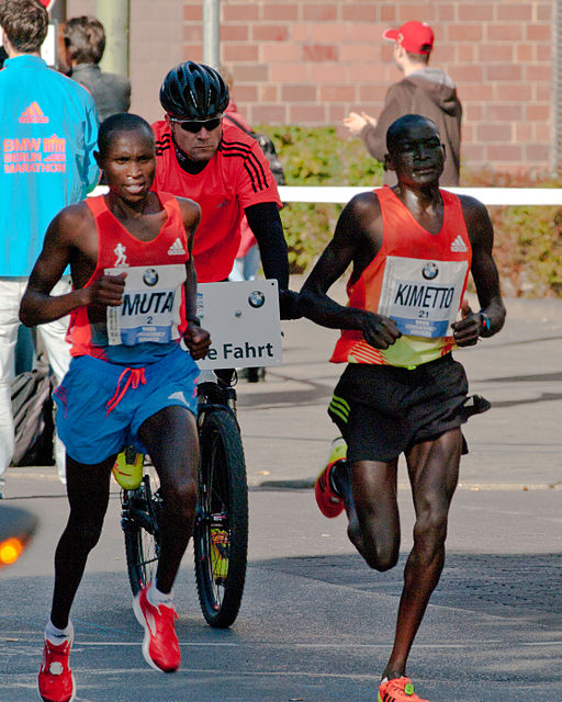 Dennis Kimetto (right) would still have power in an Apple Watch Series 3 after running a marathon... Photo of 2012 Berlin Marathon by  Dirk Ingo Franke