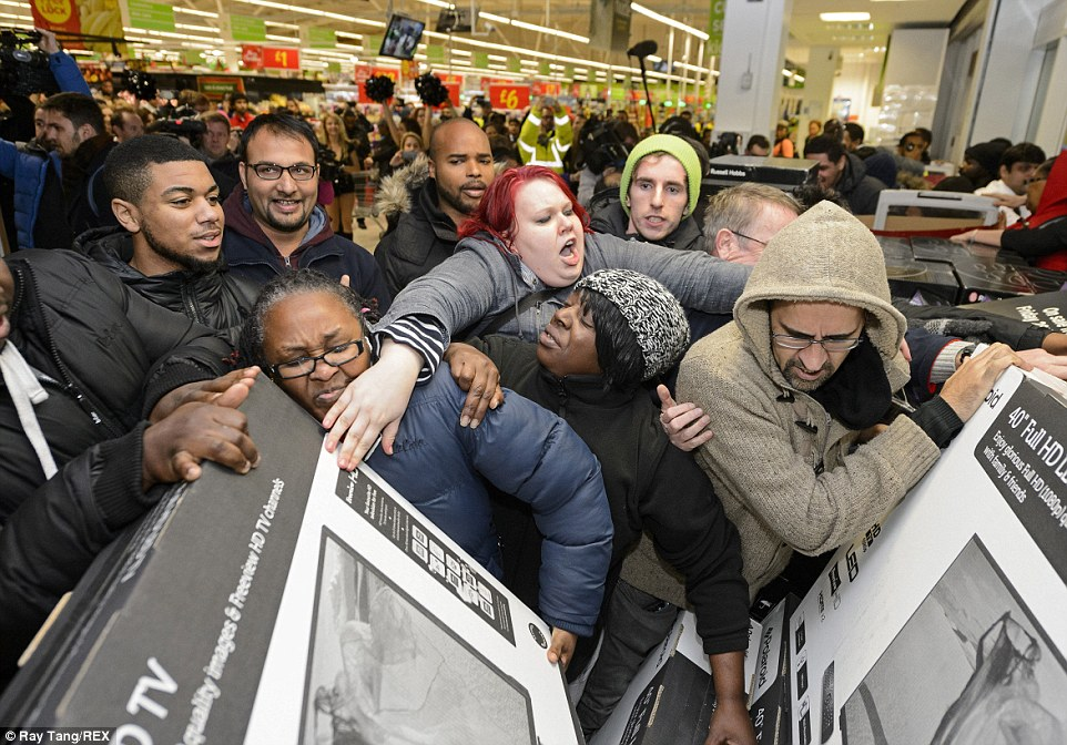10-black-friday-fights-and-fails-to-get-pumped-for-carnage-image-1.jpg