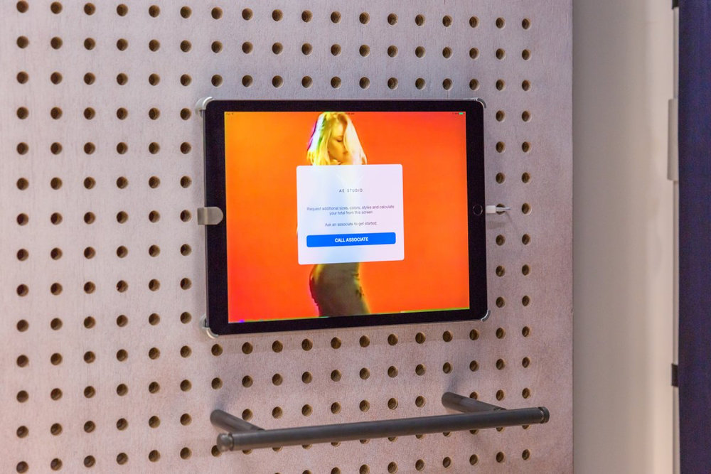 photo image American Eagle's new Manhattan store has an iPad in every dressing room