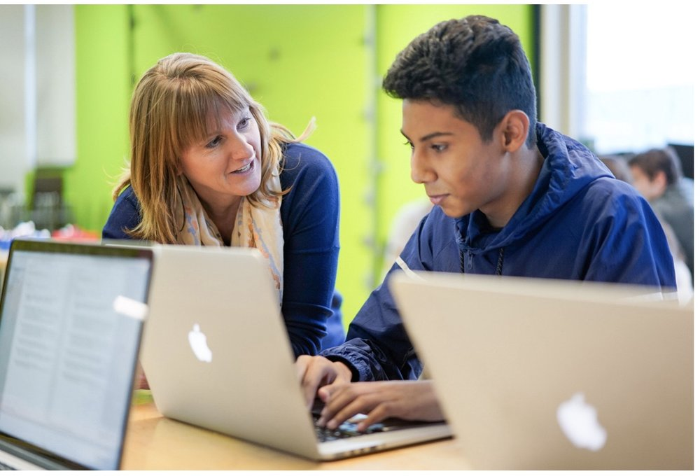Chicago-area teachers use Apple's Everyone Can Code tools and curriculum to bring coding to life for students.