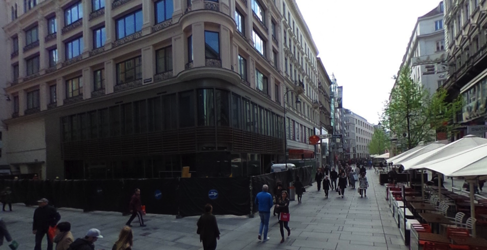 Google Street Maps view of Apple Kärntner Straße location by Javi Arji