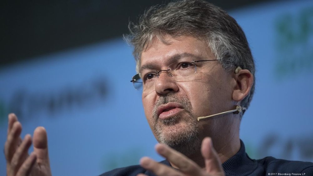 photo image John Giannandrea is now Apple's chief of Machine Learning and AI Strategy