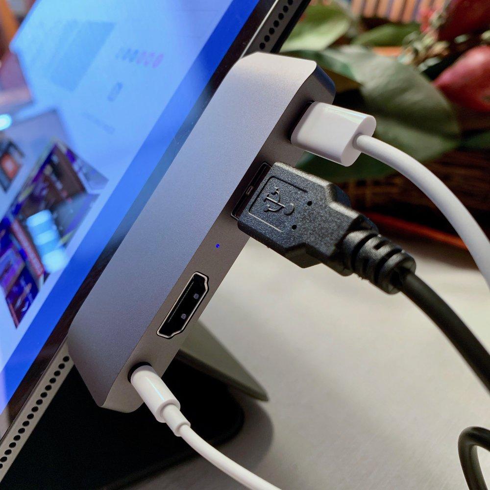Satechi USB-C Mobile Pro Hub. Photo ©2019, Steven Sande