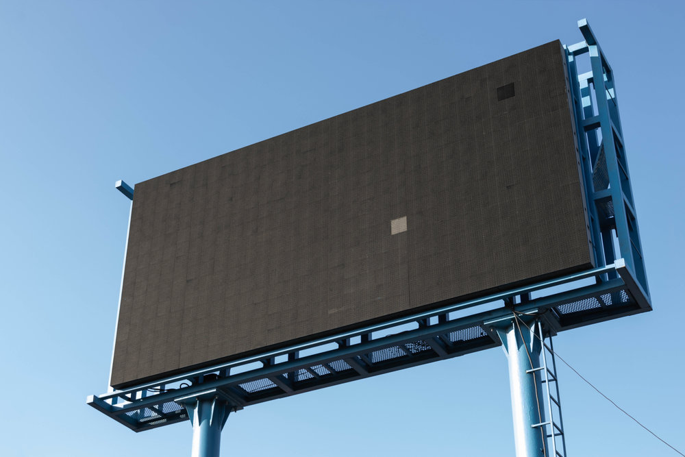 Blank billboard photo by  Pawel Czerwinski via Unsplash
