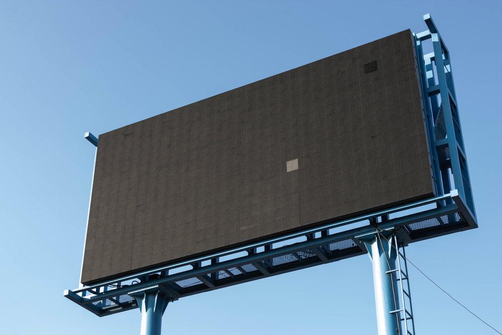 Blank billboard photo by  Pawel Czerwinski via Unsplash