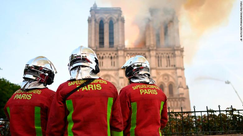 Notre Dame fire.png
