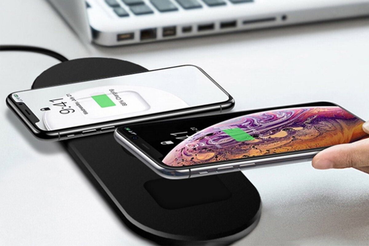 photo of Charge all your devices at the same time with this 3-in-1 wireless solution image