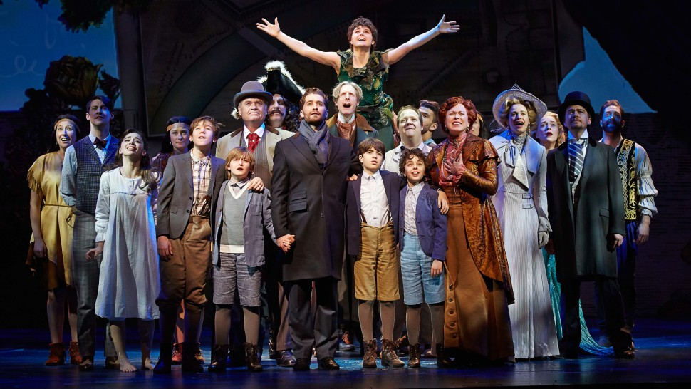 The Broadway cast of Finding Neverland (Carol Rosegg)