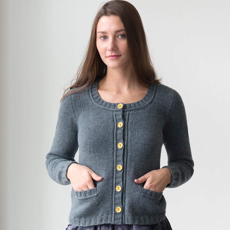 quince-co-sans-serif-elizabeth-doherty-knitting-pattern-lark-1_sq_0491062d-fad8-4196-a6b1-5d2a2cabca62_1024x1024.jpg