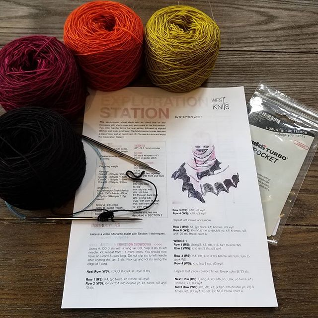 Stephen West KAL Tuesdays at 6:30.  I'm so in love with these colors! #explorationstation #askewsmeshawl #fiberistaclub #fiberista #knit #knitting #knitstagram #knittersofinstagram #crochet #crochetersofinstagram #yarn #yarnporn #yarnlove #stephenwest #westknits #kal #knittedwit #oakpark