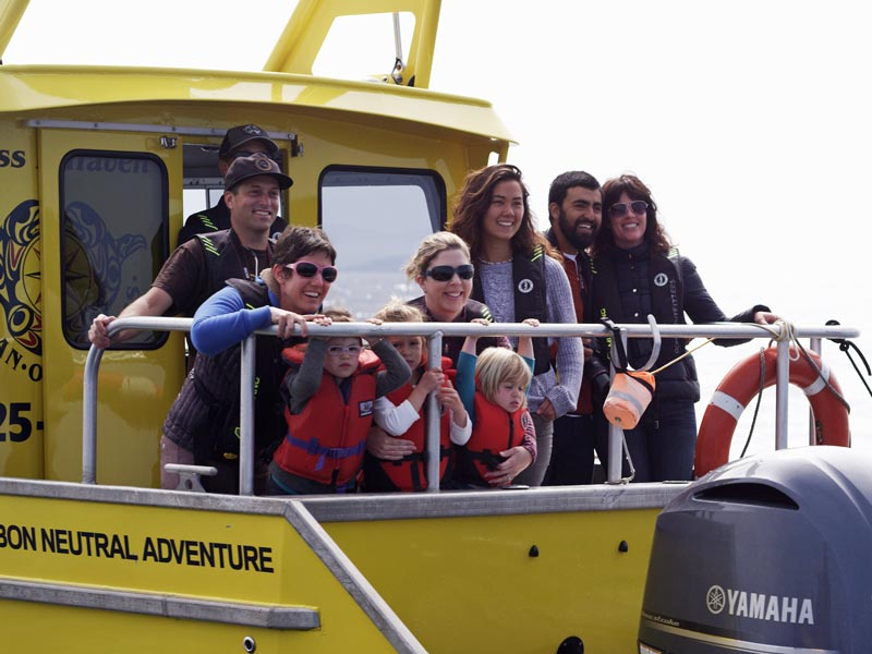 People-on-back-of-whale-watching-boat.jpg