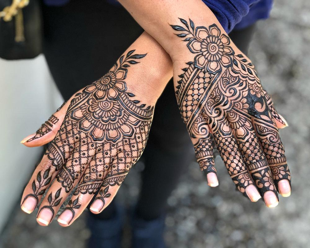 Hands_artistschoice.jpg