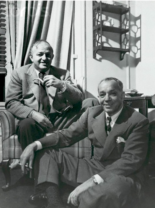 Ben Hecht (l) and Charles MacArthur (r) (Date unknown) . Posted on     www.theaterpizzazz.com    .