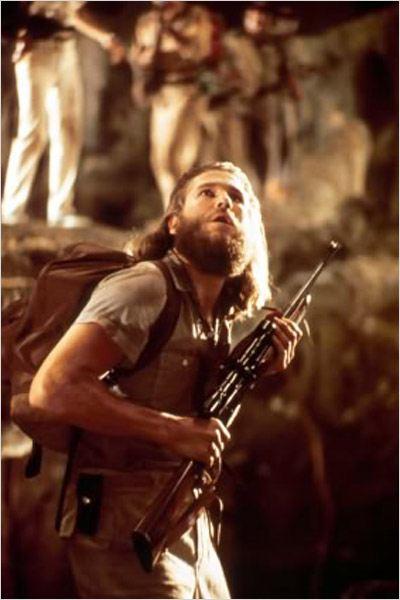 Jeff Bridges and Jeff Bridges' beard in  Kong Kong  (1976).