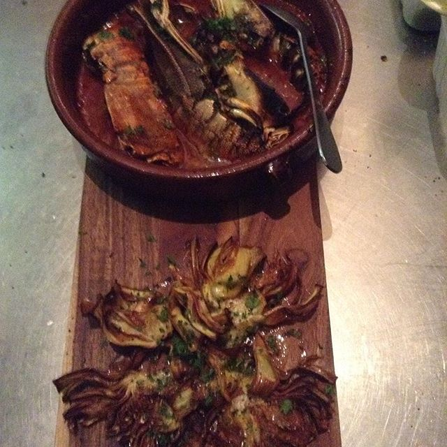 Artichokes a la vinagreta Morton bay bugs con salsa brava -:) las tapas