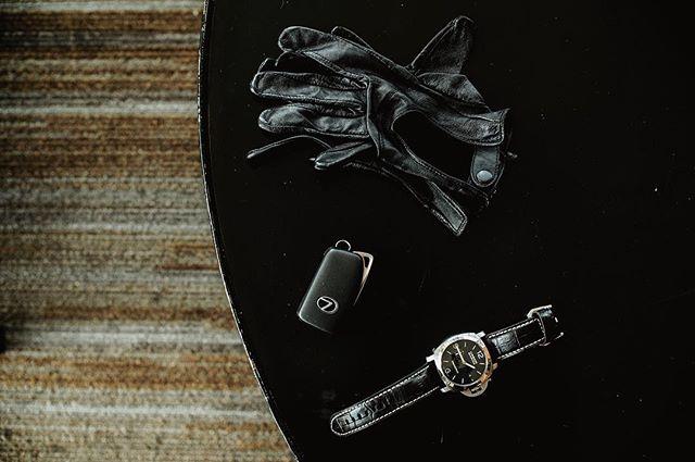 Only the essentials for drive. . . . #ad #lexusnx #lexususa #luxurylifestyle #seattlemet #seattle #branded #branding #brandphotography #brandphotographer #caraddict #seattlecreatives #filmpalette #filming #drivingmatters #naturelovers #mountainlove #driver #grandtour #pnw #upperleftusa #thegreatpnw #explorepnw #exploremore #seattlemade #adagency #bellevuelife #drives
