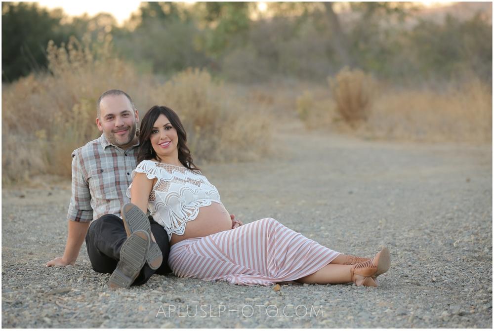A Plus L Photo Maternity Session