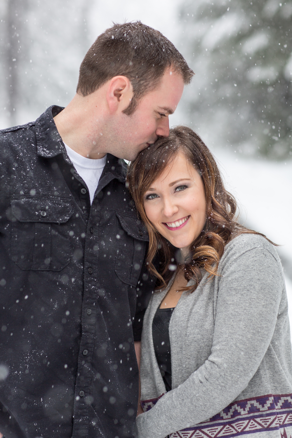 Winter Engagement Session in the Snow : A Plus L Photo