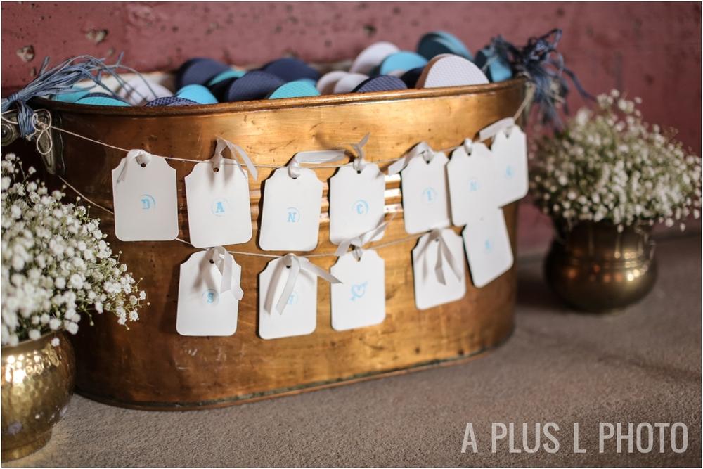 Wedding Flip Flops for Dance Floor | Rustic Wedding Details | Via Vecchia Winery Wedding | A Plus L Photo | Portland, OR Wedding Photographers