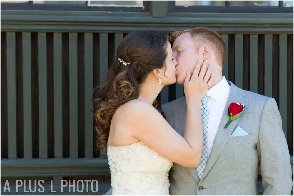 Blue and White Wedding - Fort Worden Wedding - A Plus L Photo