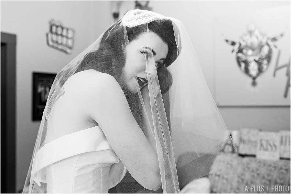 Rockabilly Wedding - Bridal Portraits - A Plus L Photo