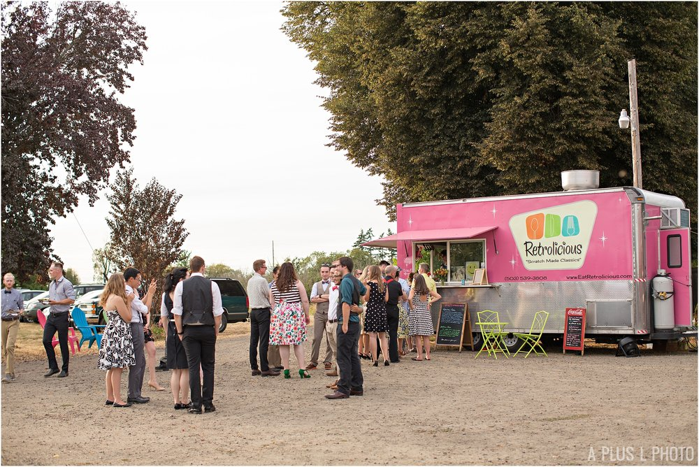 Rockabilly Wedding - Retrolicious Food Cart - A Plus L Photo