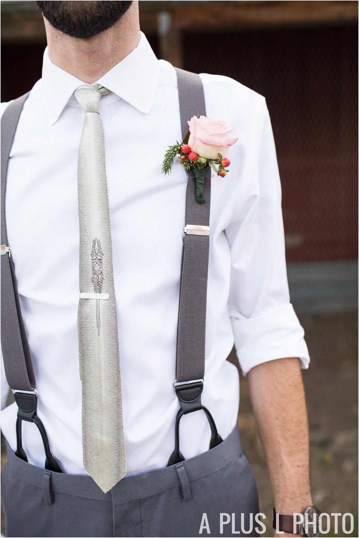 Rockabilly Wedding - Groom Pink Boutonniere A Plus L Photo