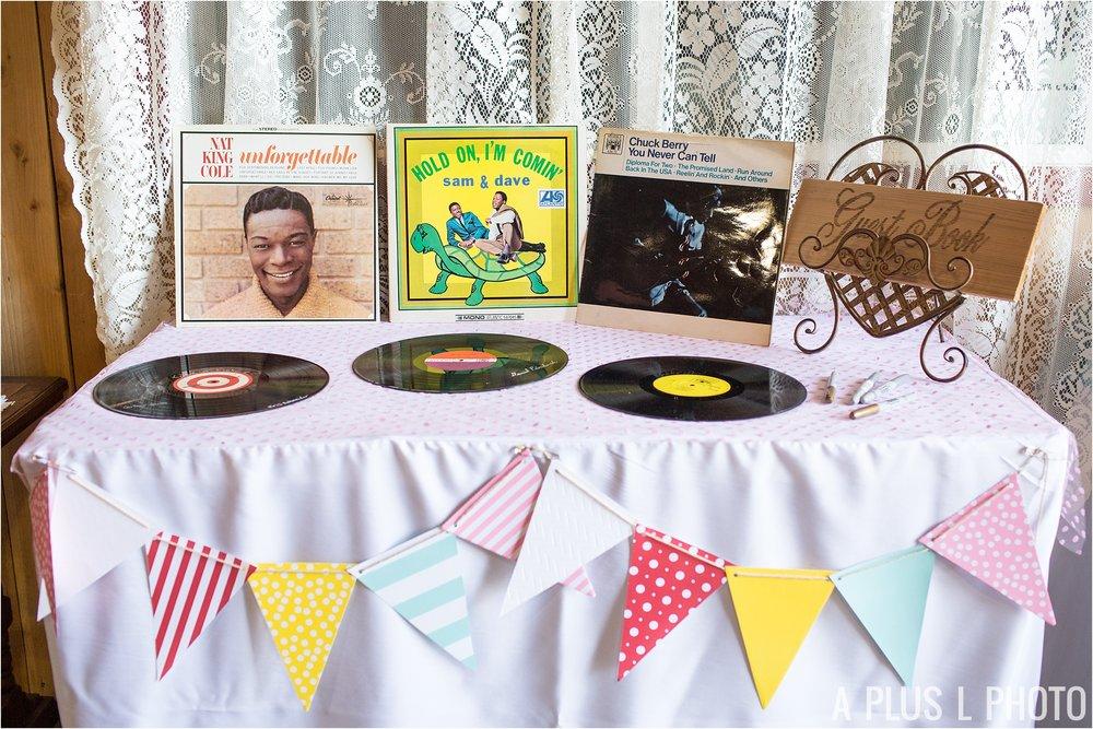 Rockabilly Wedding - Vintage Vinyls Guestbook - A Plus L Photo