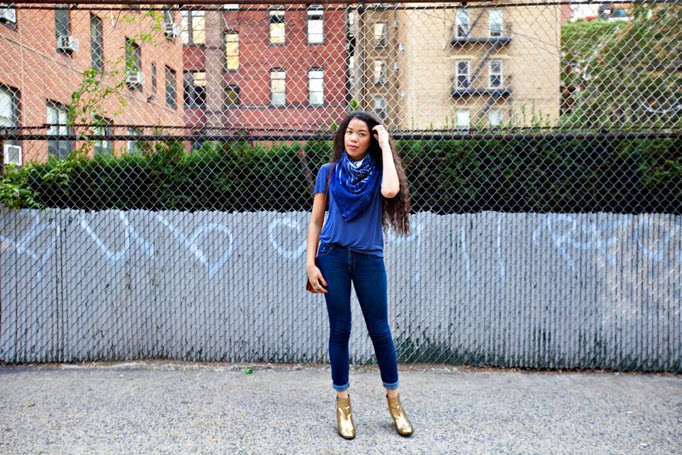 TheStyleBoro_OffDuty_Model_Style_NYC_Fashion_Blog_Outfit_MarineLayer_Leigh_Lucca_Scarf_curlyhair_goldboots_0011.jpg