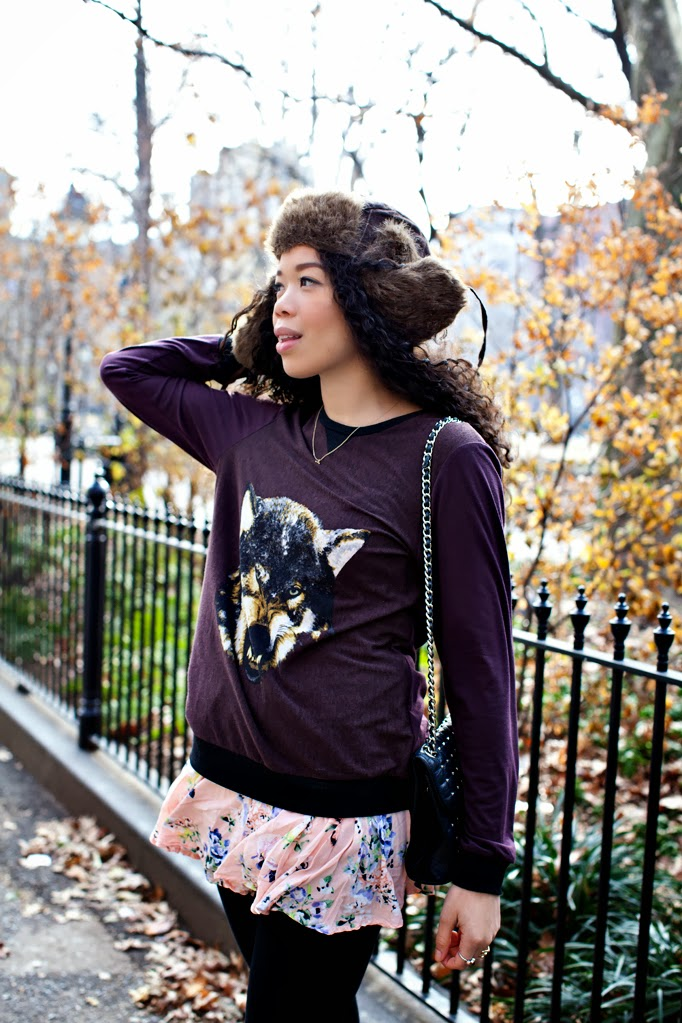 SEXWCANDY_WINTER_FASHION_LYDIAHUDGENS_FLORALS_STUDS_CHARLESHENRY_SWEATER_0005.jpg