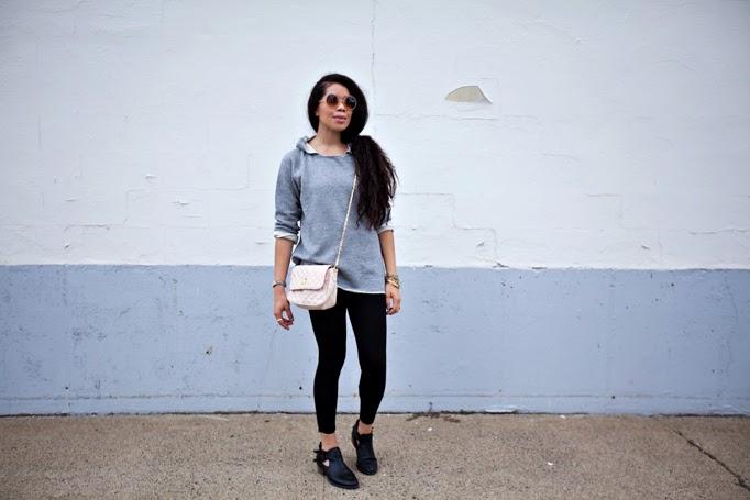 TheStyleBoro_LifeisGood_Lysse_Leggings_Summer_Fall_Outfits_Howto_offduty_backtoschool_armparty_cute_curlyhair_stye_fashion_0015.jpg