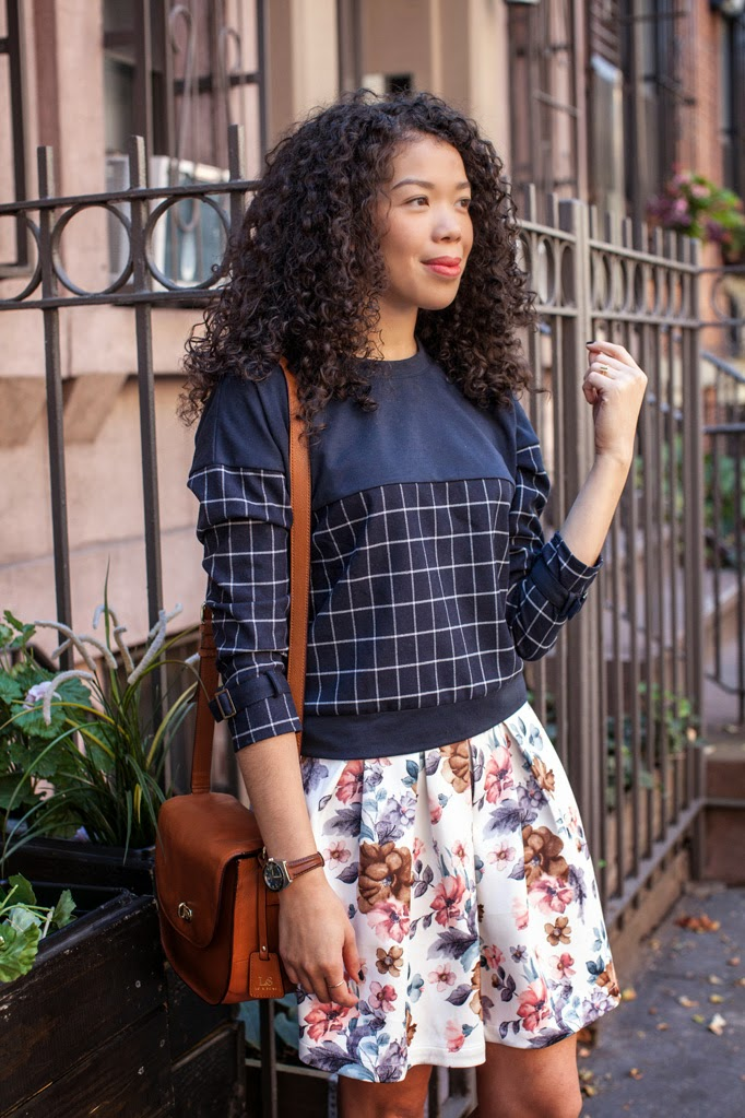 how-to-wear-floral-skirt-moments-of-chic-grid-sweater-cropped-best-curly-hairstyles-0002.jpg