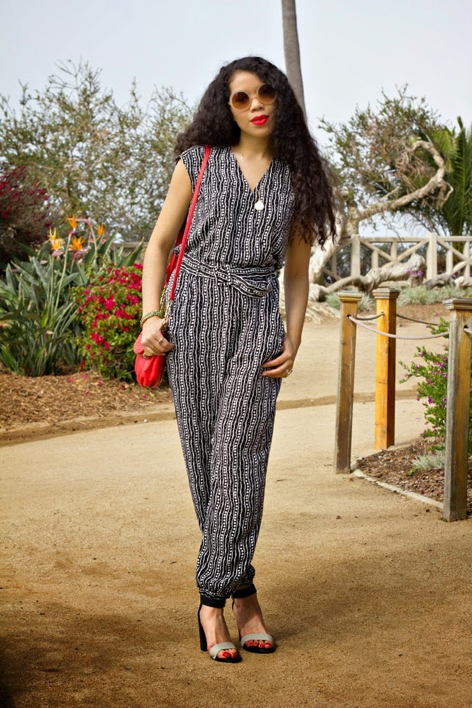 Zappos_THESTYLEBORO_VINCECAMUTO_JUMPSUIT_STREETSTYLE_LASOULA_0005.jpg