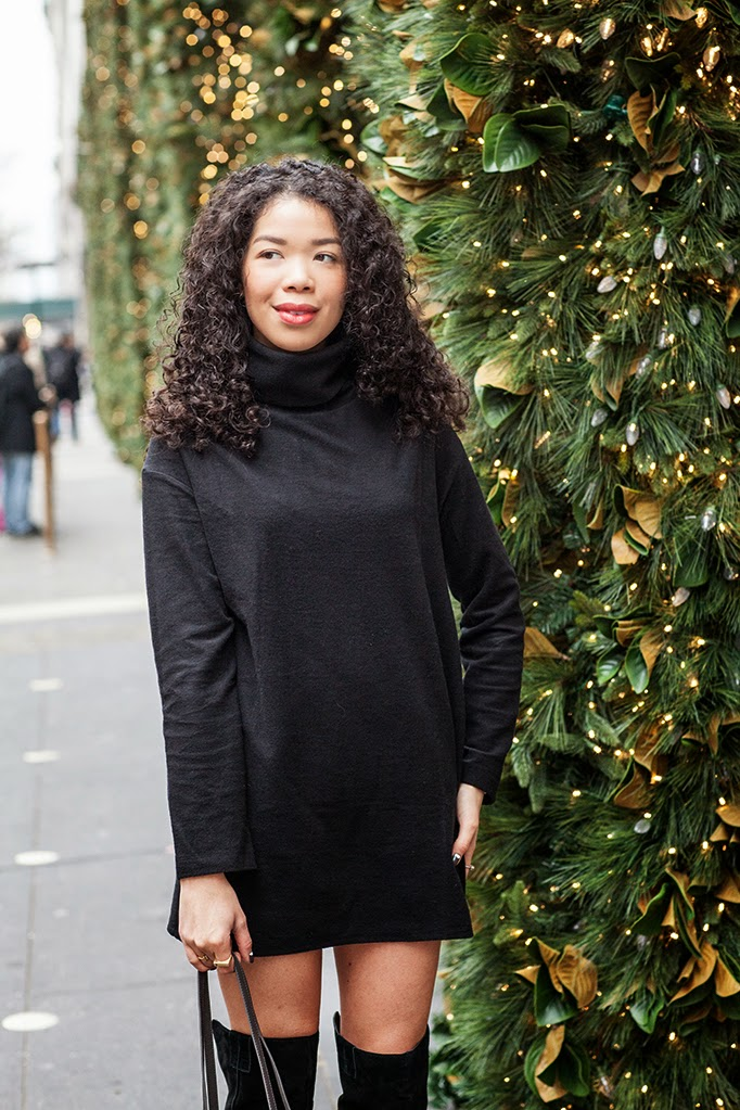 black-turtleneck-dress-outfit-ideas.jpg